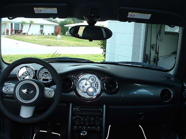 Click image for larger version  Name:MINICooper2.JPG Views:719 Size:39.9 KB ID:64577
