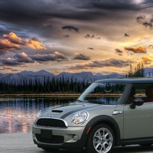 Moonwalk grey Mini and great sunset.jpg